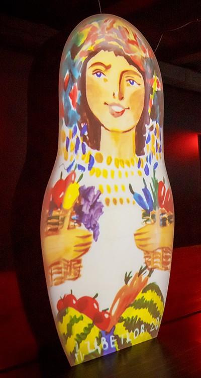 Интерактивная выставка «Современное искусство ритейла»